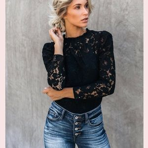 FOREVER21 Black Rose Pattern Lace Top Full Sleeves